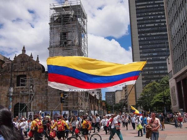 """Colombia somos todos/We are all Colombia"" Photo Credit: Juan Carlos Pachón / Flickr / Creative Commons"