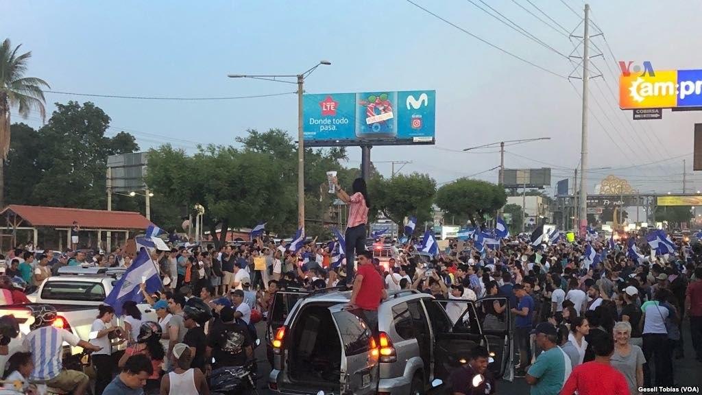1024px-Protestas_en_Managua,_Nicaragua_de_2018_(1)