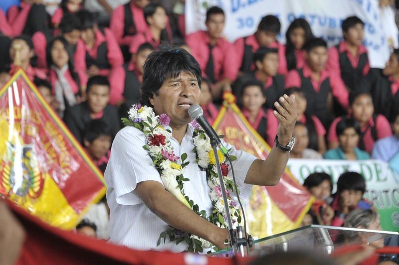 Bolivian President Evo Morales speaking to students in Guarnes, Santa Cruz.