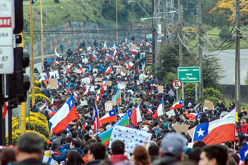 Crowd of protesters in Chile, 2019