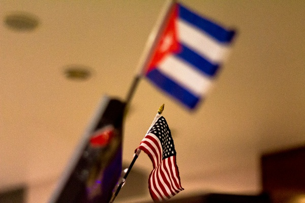 Flags of U.S. and Cuba