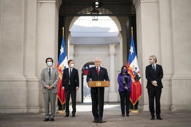 President Piñera speaking from a podium